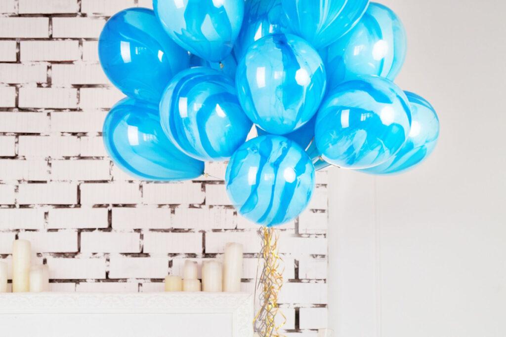 balloner og gaver